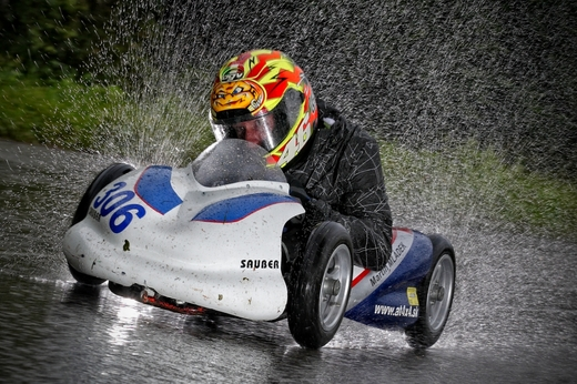 2010-Lukas_Hynek-Wet_Race.jpg