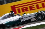 Lewis_Hamilton_Mercedes_W05_struggling_with_the_car_today.jpg